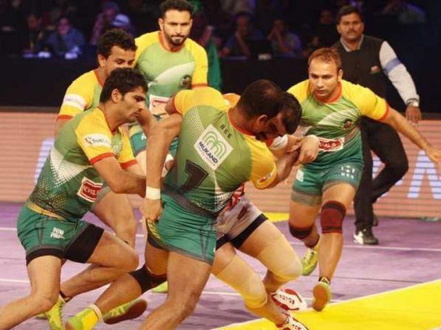 Pro Kabaddi League : पुणे और पटना ने खेला सत्र का पहला टाई