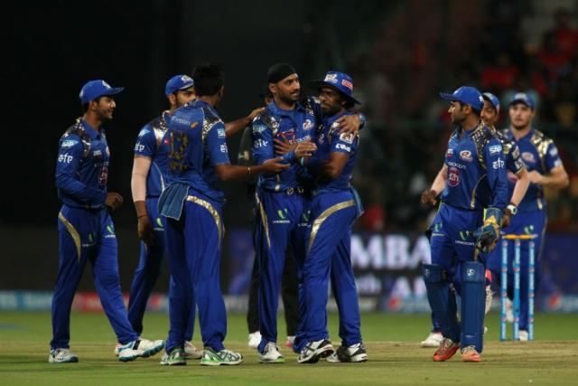 मुंबई ने दर्ज की पहली जीत