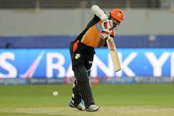 Live IPL-8 : राजस्थान के खिलाफ हैदराबाद की अच्छी शुरुआत
