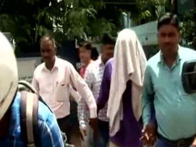 बीजेपी नेता ने फ्लाइट में नाबालिग से की घिनौनी हरकत