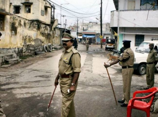 CM के गांव में छेड़छाड़ के घटनाक्रम में उपजा विवाद, धारा 144 लागू