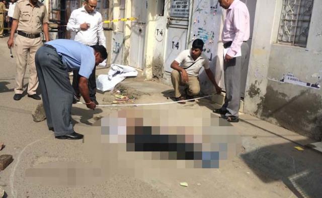 दिल्ली के न्यायालय परिसर में वकील की हत्या!