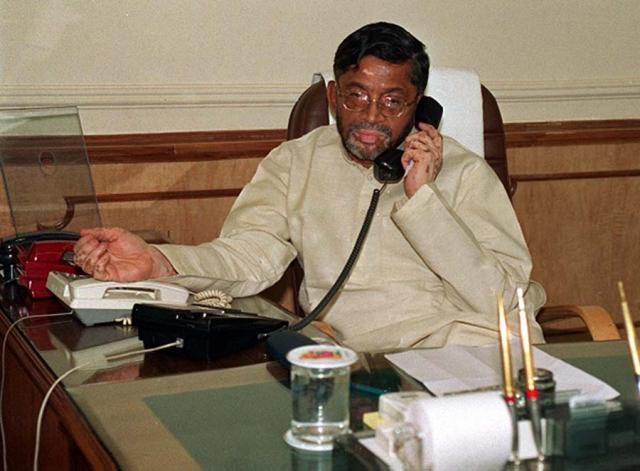 फर्जी IAS : मामले में केंद्रीय मंत्री का नाम आने से मचा हड़कम्प
