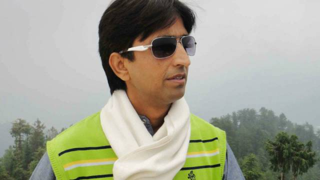 जल सत्याग्रह का समर्थन करने पहुंचे कुमार विश्वास का मध्यप्रदेश में विरोध