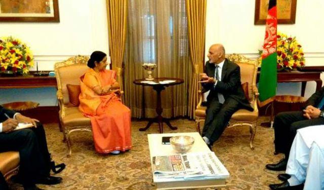 गनी से मिलीं सुषमा, मोदी के साथ भी होगी बैठक