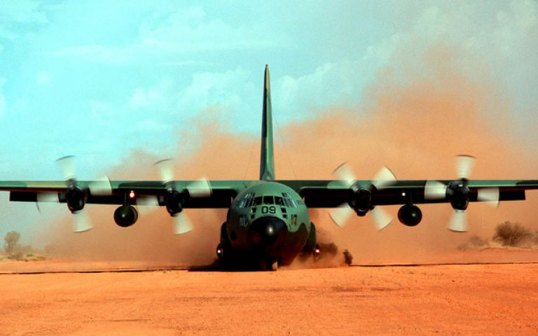 भारत को सैन्य विमान उपकरण बेचेगा अमेरिका