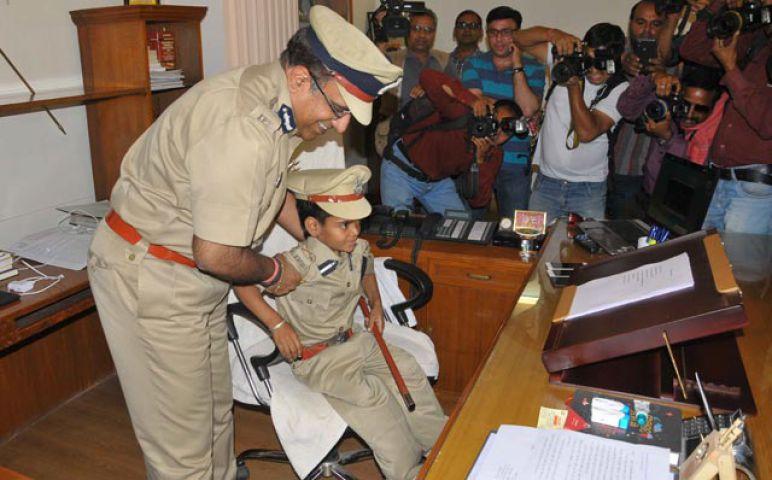 पुलिस कमिश्नर बना 10 साल का बच्चा