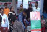 नोटबंदी के समर्थन में लोगों ने लिया मुफ्त की चाय का मजा