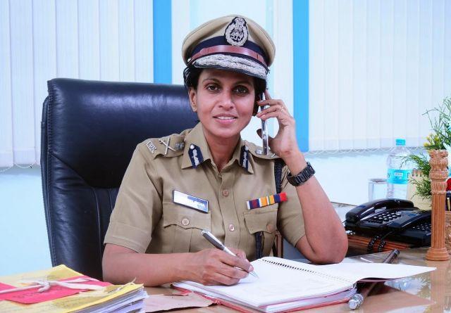 केरल की महिला IPS हुईं प्रताड़ना का शिकार