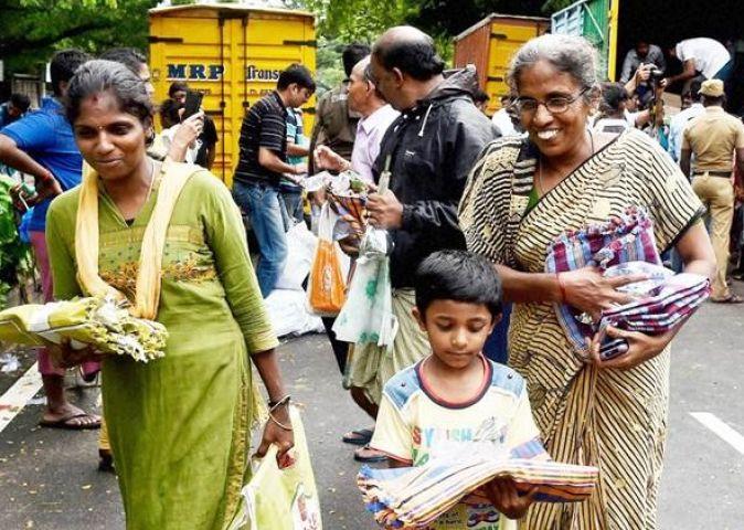 तमिलनाडु सरकार ने 14 लाख बाढ़ पीड़ितों के खाते में पहुंचाए 700 करोड़