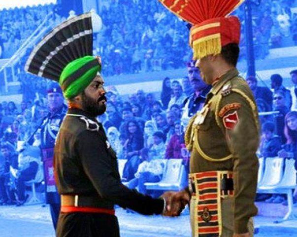 पहली बार बीटिंग द रिट्रीट सेरेमनी में पाकिस्तान की ओऱ से शामिल हुआ सिख सैनिक