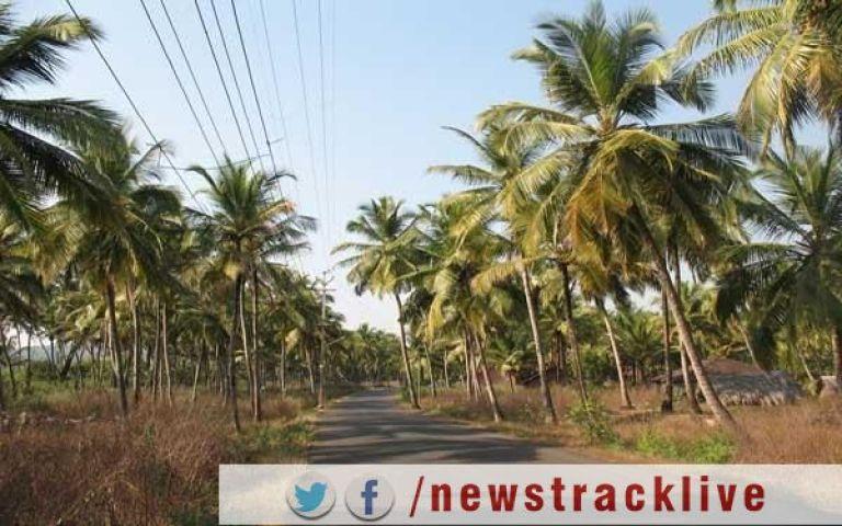 गोवा में घिरी भाजपा सरकार ?