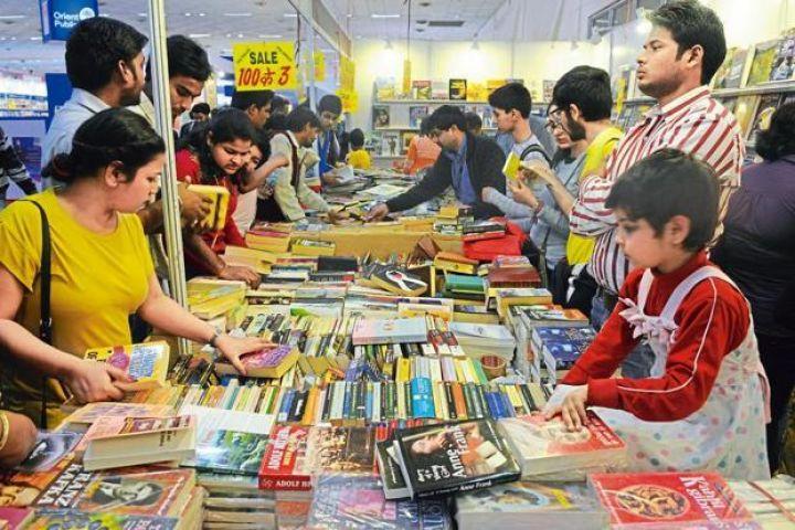 पुस्तक मेले में छाई चीनी लेखकों की टैगोर, मोदी पर लिखी किताबें