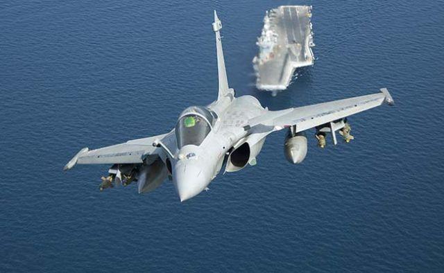 अभी तक भारत का फ्रांस से 36 राफेल लड़ाकू विमानों का सौदा है अधर में