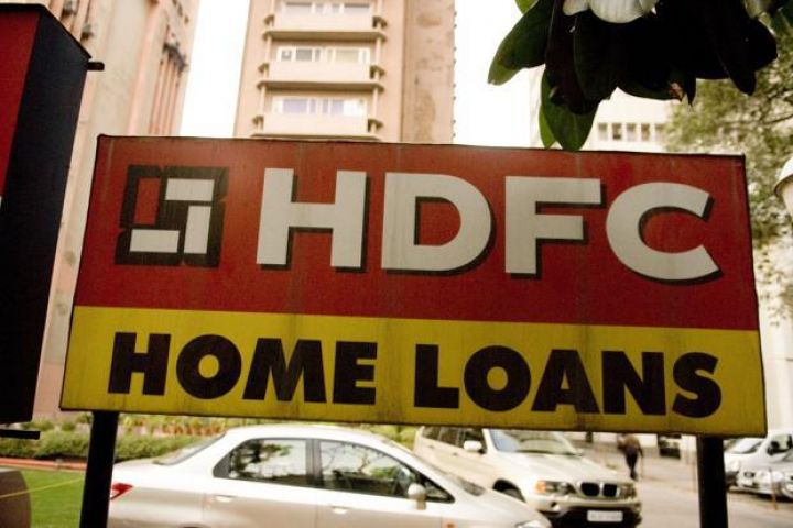 HDFC का शुद्ध लाभ 11 फीसदी बढ़ा