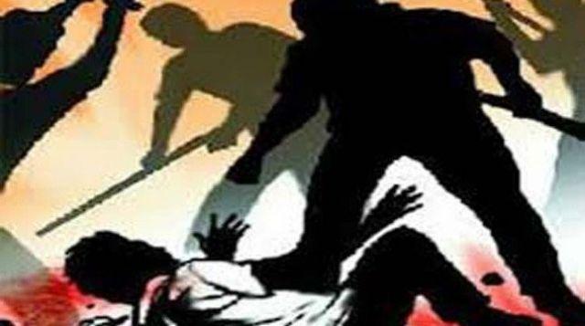 RJD विधायक के बेटे की दबंगई, डॉक्टर पर कुर्सी से किया हमला