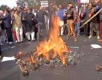 MCD हड़ताल : BJP ने किया विरोध प्रदर्शन, PWD साफ़ करेगी कचरा