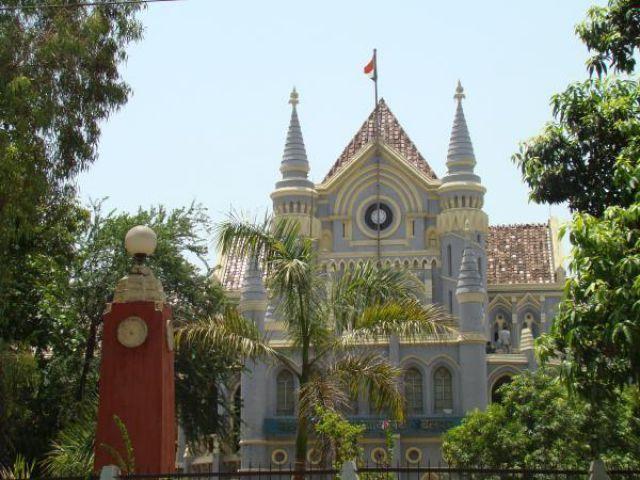 विधानसभा भर्ती घोटाला : 8 की याचिका ख़ारिज, पासपोर्ट जमा करने के निर्देश