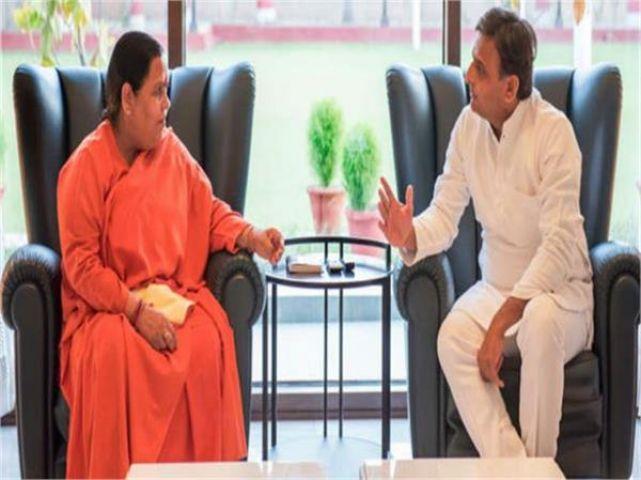 केंदीय मंत्री उमा भारती से मांगे 10 हजार टैंकर