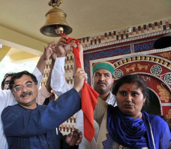 दलितों के प्रवेश से अशुद्ध हुए मंदिर को शुद्ध करने की हो रही तैयारी