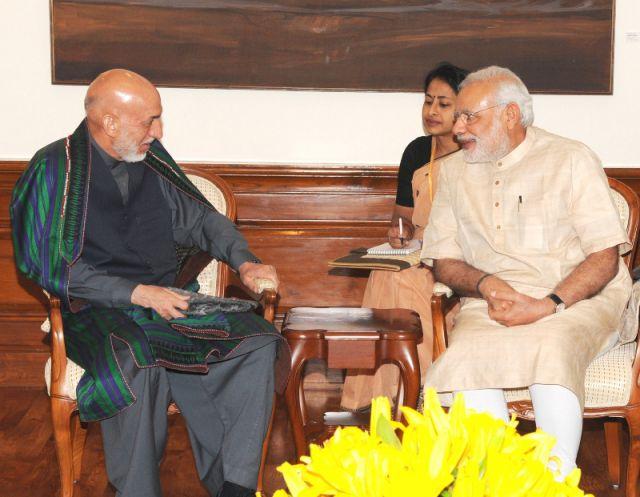 अफगानिस्तान के पूर्व राष्ट्रपति से मिले मोदी