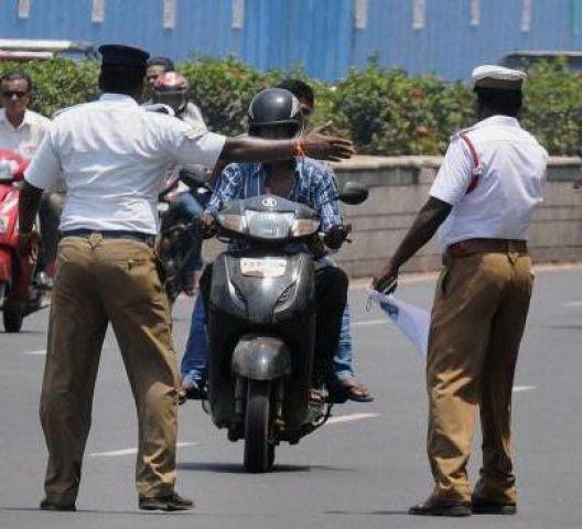 देश में हर तीसरा ड्राइविंग लाइसेंस जाली है