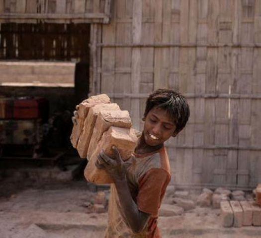 भारत में है सबसे अधिक आधुनिक गुलामों की संख्या !