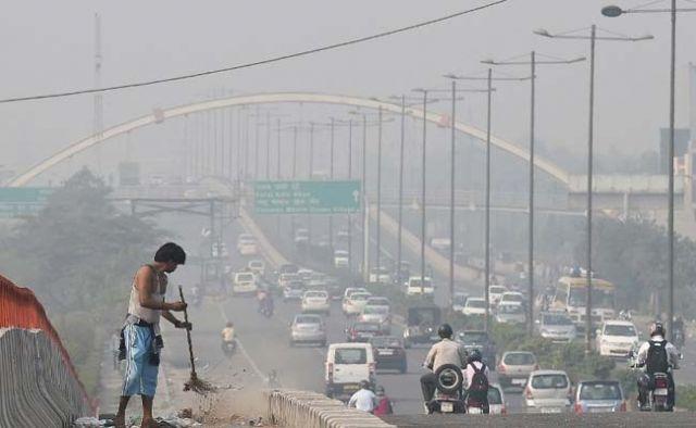 प्रदूषण रोकने के लिये दिल्ली में होगी कृत्रिम बारिश