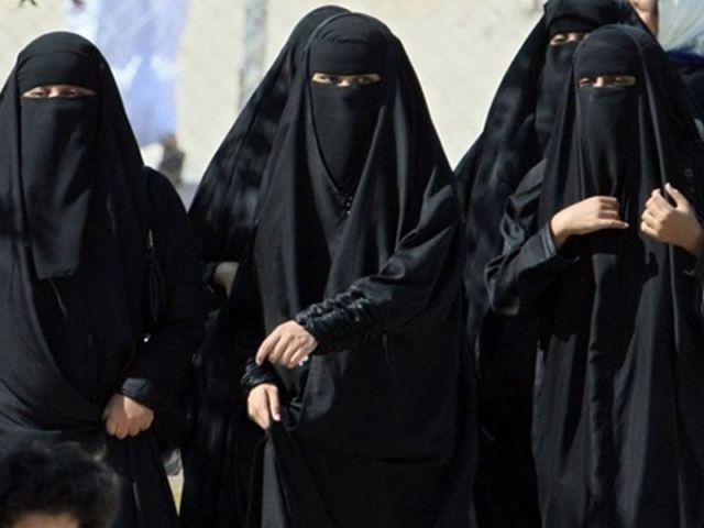 मुस्लिम महिलाओं के चुनाव लड़ने पर मौलवियों ने जताया एतराज