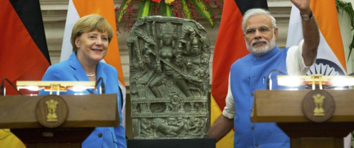 जर्मनी ने भारत को लौटाई मां दुर्गा के महिषासुर मर्दनी अवतार की प्रतिमा