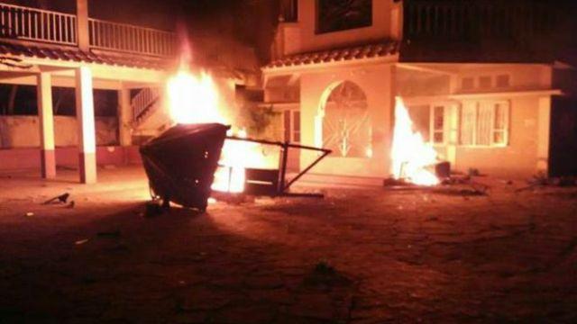 मणिपुर में फूंके सांसदों और विधायकों के घर, 3 की मौत, कई घायल