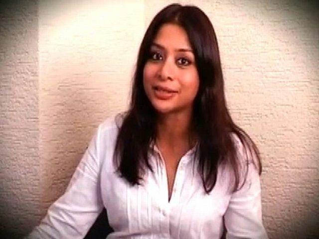 शीना हत्याकांड : पकड़े जाने के डर से इंद्राणी ने किया था बेटी की लाश का मेकअप