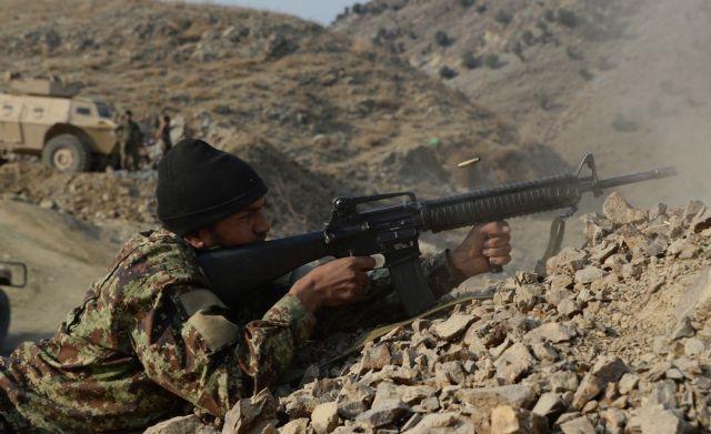 मुठभेड़ में 2 आतंकी ढेर, सेना के भी 2 जवान शहीद