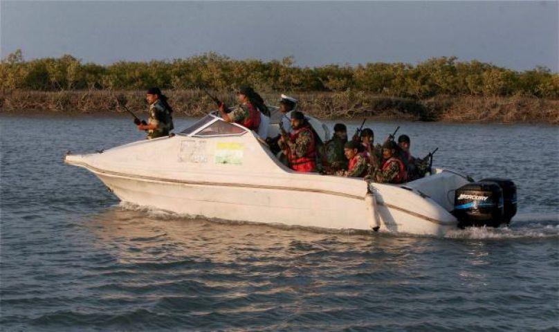 भारत की समुद्री सीमा में पाकिस्तान की फायरिंग, एक मछुआरे की मौत