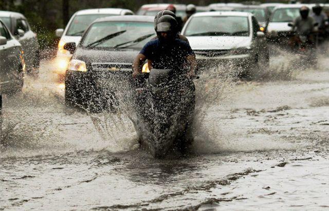 मौसम विभाग ने दी इंदौर सहित अन्य जिलों में 24 घंटे तेज बारिश की चेतावनी