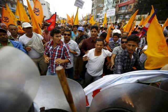 भारत ने नेपाल से कहा : चर्चा से ही दूर होंगे सारे गतिरोध