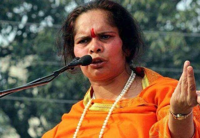 हिंदूओं के पूजन पांडाल में मुस्लिमों के प्रवेश पर लगे रोक : साध्वी प्राची