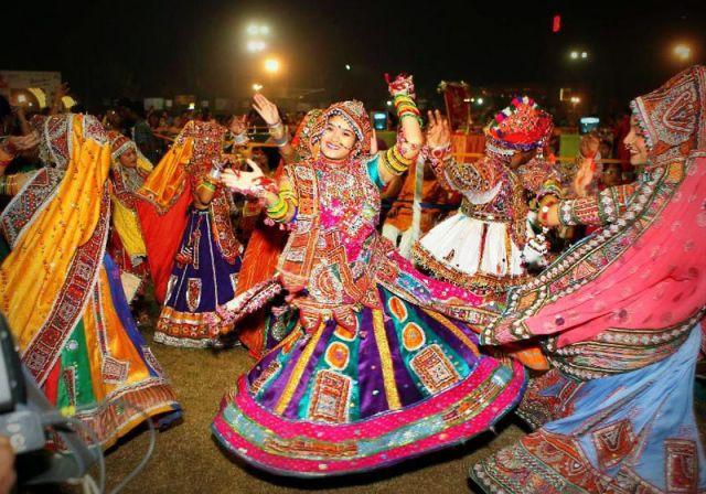 सौहार्द के नृत्य पर चढ़ा हिंदूत्व का रंग, गोमूत्र छिड़ककर पवित्र करेंगे वातावरण