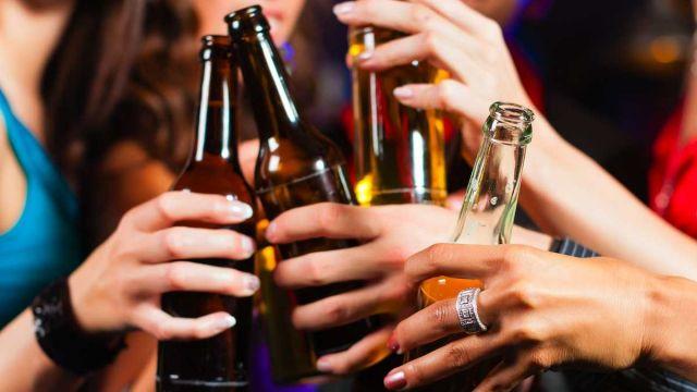 यूपी में शराबखोरी पर हो पूरी तरह से प्रतिबंध -मौलाना