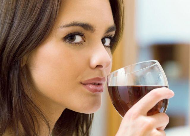 महिला के शरीर में है शराब की फैक्ट्री