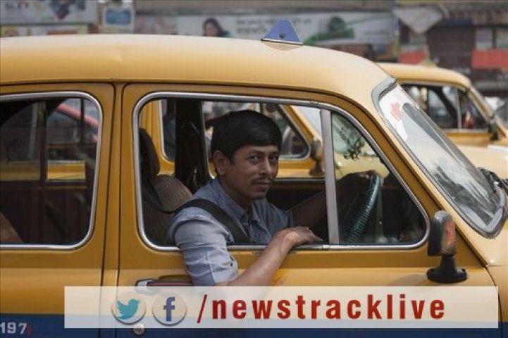 कोलकत्ता के टक्सी ड्राइवर ने पैसेंजर को लौटाए 6 लाख रूपए