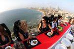 16 होटल्स जहाँ आपको खाने के साथ मिलेगा रोमांच का मज़ा