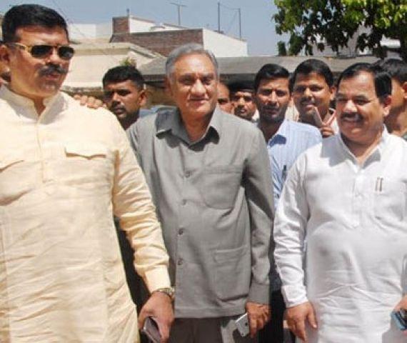 कांग्रेस के बागी विधायक आज औपचारिक रुप से थामेंगे BJP का हाथ