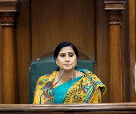 दिल्ली विधानसभा की डिप्टी स्पीकर बंदना कुमारी ने दिया इस्तीफा