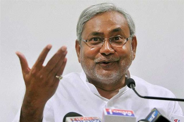 बिहार : चुनाव पूर्व सर्वेक्षण में बनी नीतीश की सरकार