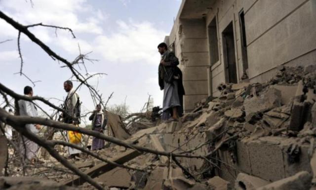 हवाई हमलो में 1,20,000 से ज्यादा लोग विस्थापित