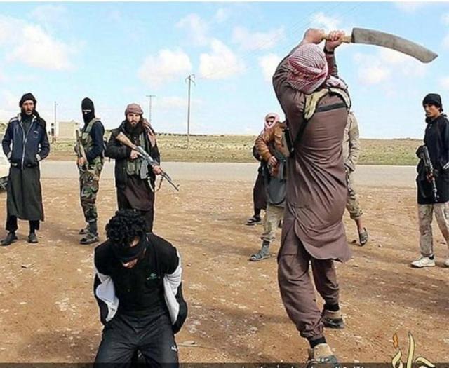 ISIS आतंकी ने किया ईशनिंदा आरोपी का सिर कलम