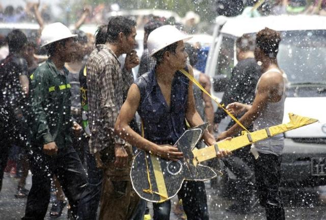 म्यांमार में जल महोत्सव के दौरान हुई 11 लोगों की मौत