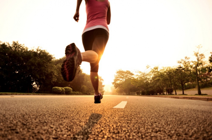 वर्जिनिटी बचाने के लिए दौड़ पर लगा दिया प्रतिबंध