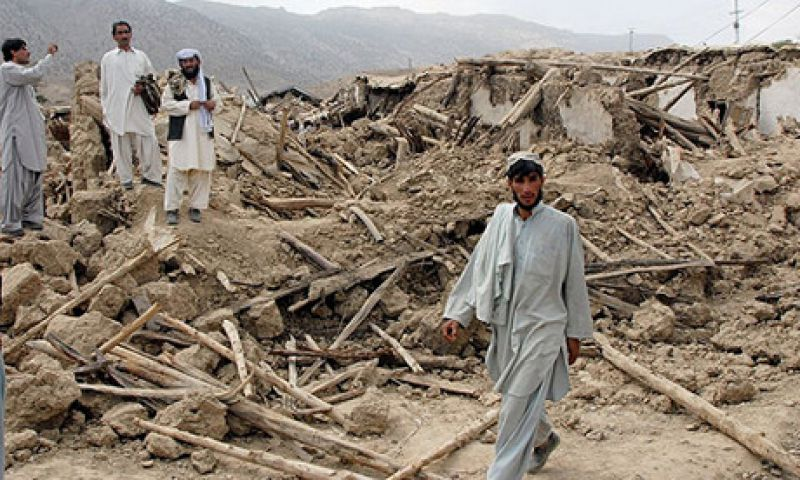 अब पाकिस्तान में आया भूकंप